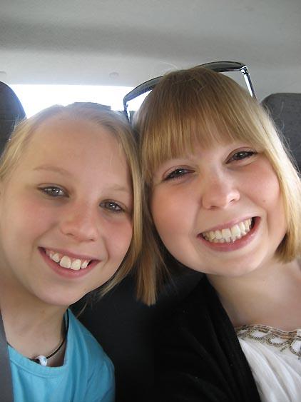 De to søstre :D var der nogle, der sagde store kinder :P