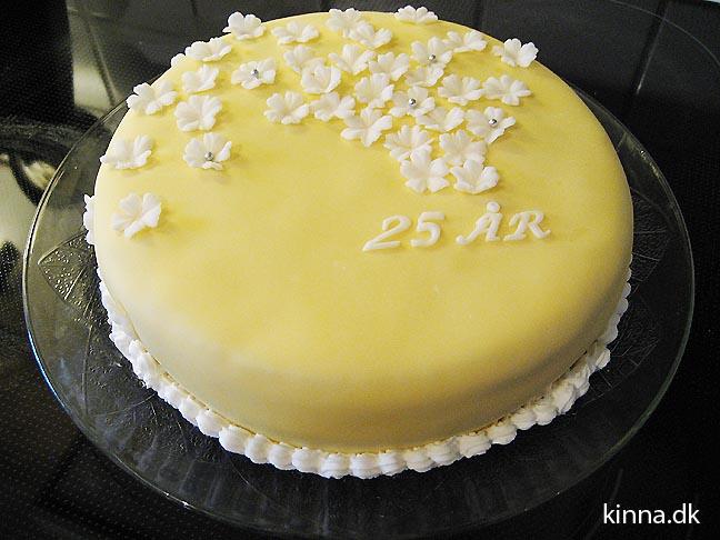 Den færdige kage