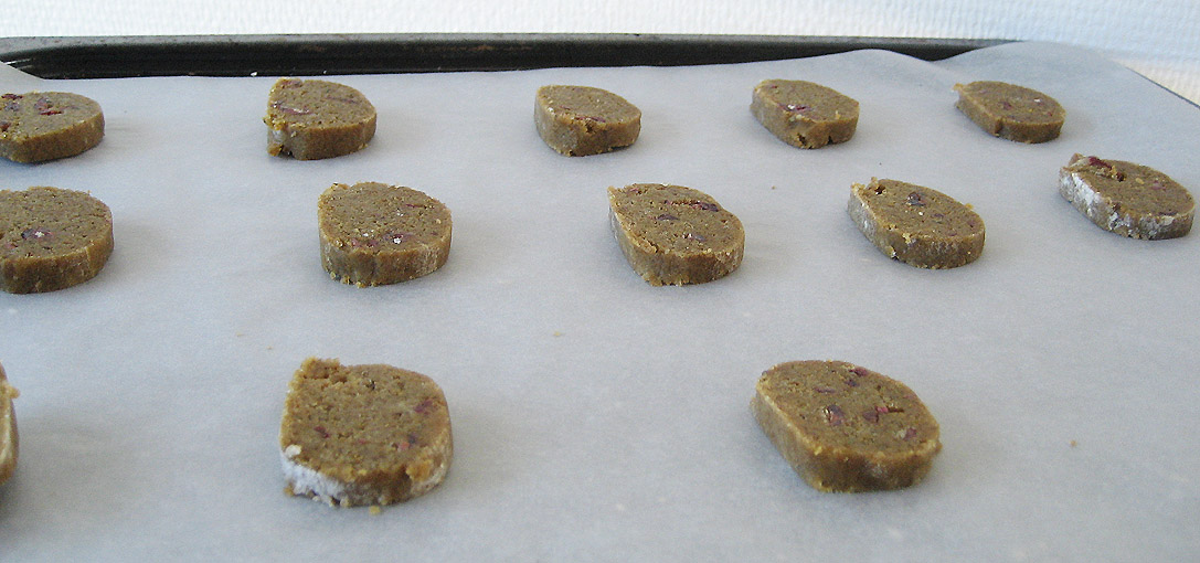 ebær småkager klar til ovnen