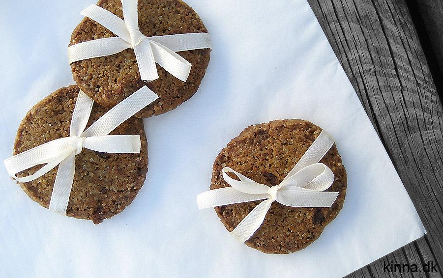 Lakrids-tranebær småkager