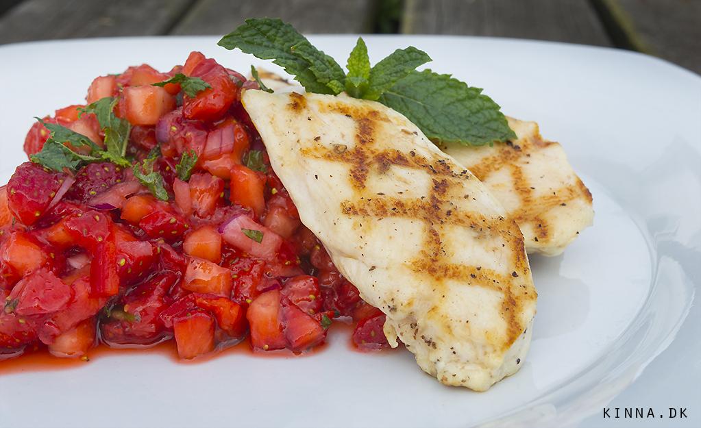 Grillede kryllingefileter og jordbærsalsa med chili og mynte