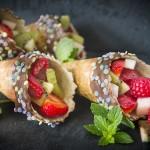 Isvafler med frisk frugt