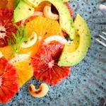 Appelsinsalat med fennikel, avocado og cashewnødder